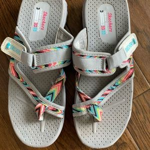 Skechers Velcro Sandals Water Shoes - Sz 9
